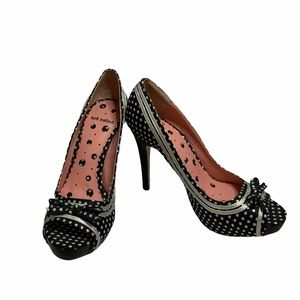 3/$30 Not Rated Cover Look 4 Peep Toe Heels Size 9